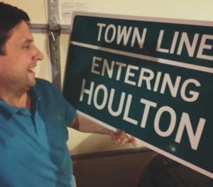 Houlton sign